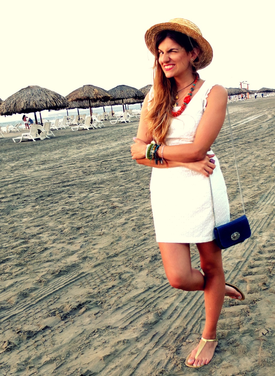 white dress beach fashionlessons